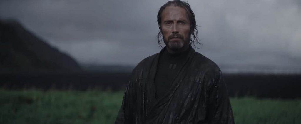 Rogue-One-A-Star-Wars-Story-Trailer-3-Galen-Erso-in-rain